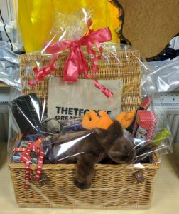 leaping-hare-grand-christmas-raffle-hamper