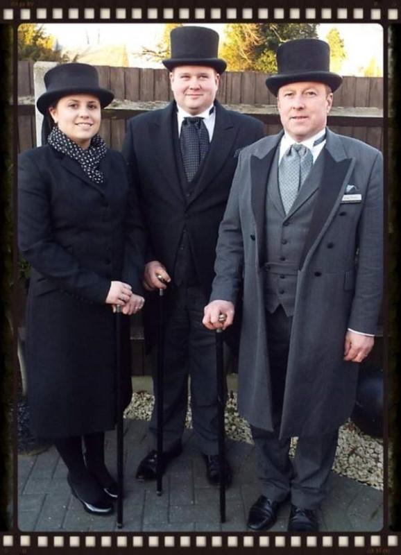 mark-skinner-funeral-service-family