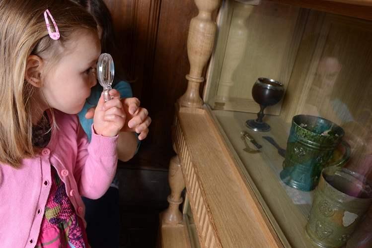 ancient-house-mini-museum-bug-hunt